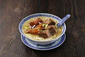 Tossed Noodle w/ Beef Tendon & Brisket